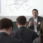 Felix Krebber bei seinem Panel über Akzeptanskommunikation