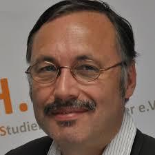 Prof. Dr. Peter Szyszka, wissenschaftlicher Leiter der DAPR