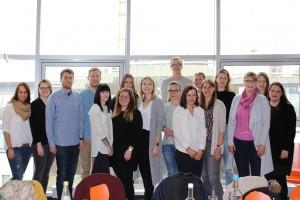 Alle 15 Trainees der Traineewoche 1/2017, rechts die Trainer Eva Benndorf und Nina Trittruf