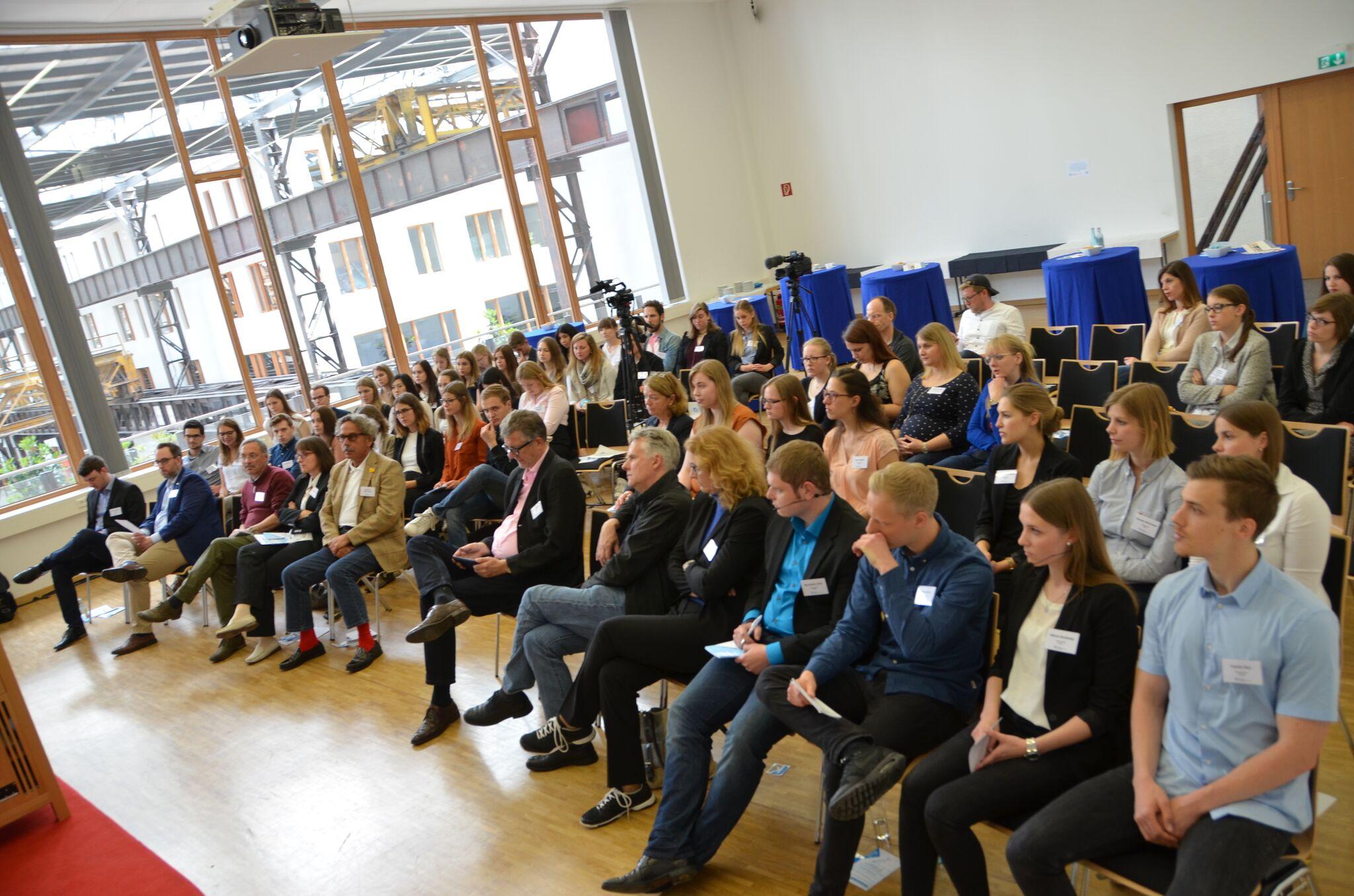 Fußboden Graß Quotes ~ Lingen diskutiert über pr karriere quotes von der kommunikos