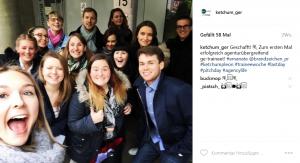 Geschafft: Feier-Selfie nach der ersten Traineewoche (links vorne bin übrigens ich!)