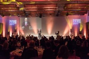 Der DPRG Junioraward beim Internationalen Deutschen PR-Preis wird künftig in zwei Kategorien vergeben. Quelle: DPRG