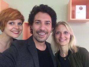 Kathrin Jahns (links) und Susanne Dopp mit ihrem Jurykollegen Boris Entrup