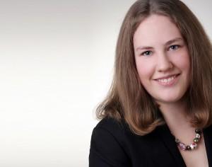 Hannah-Catharina Esser kombiniert im Karriereprogramm dapr dual Jobeinstieg und Masterstudium