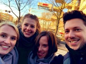 Von links: Lena Sandvoss (PRIHO), Svea Koop (campus relations), Lea Waskowiak (LPRS), Nick Marten (OTTO)